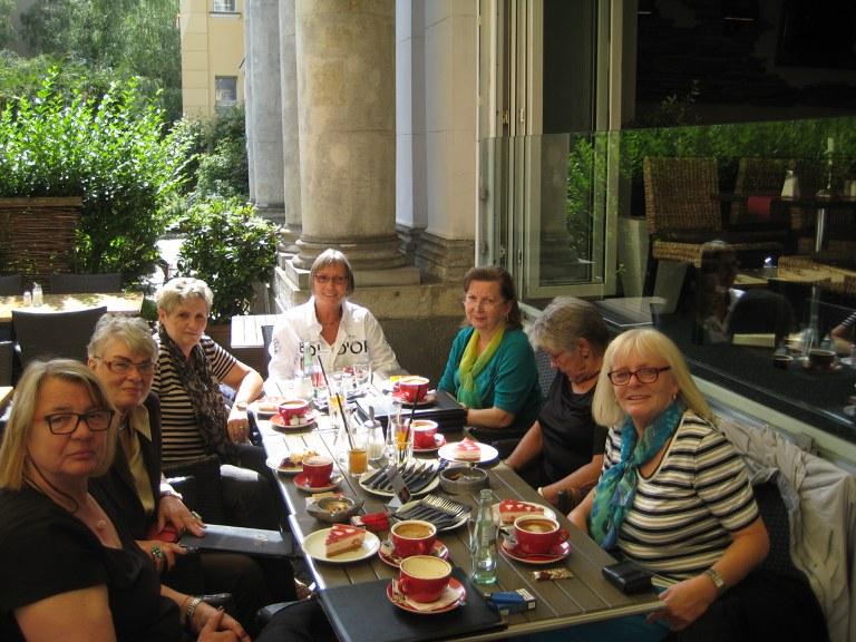 1. Frauen-Kaffeeklatsch der Pensionärinnen/Rentnerinnen des BDK-Landesverbands Berlin