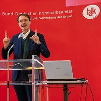 Prof. Dr. Dr. Karl Lauterbach: Wir stehen am Vorabend wichtiger Entscheidungen