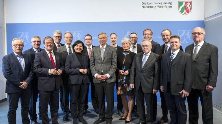 Bosbach-Kommission empfiehlt zahlreiche BDK-Forderungen