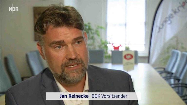 NDR Fernsehen: Hasskriminalität - 50 neue Stellen für die Polizei in Hamburg?