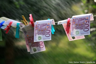 Tausende Geldwäsche-Meldungen stauen sich beim Zoll